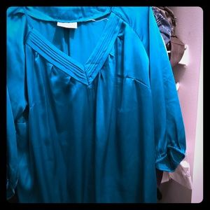 Teal blouse😊